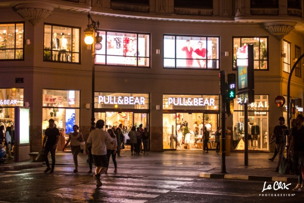 PULL&BEAR_COLON_3©leclik