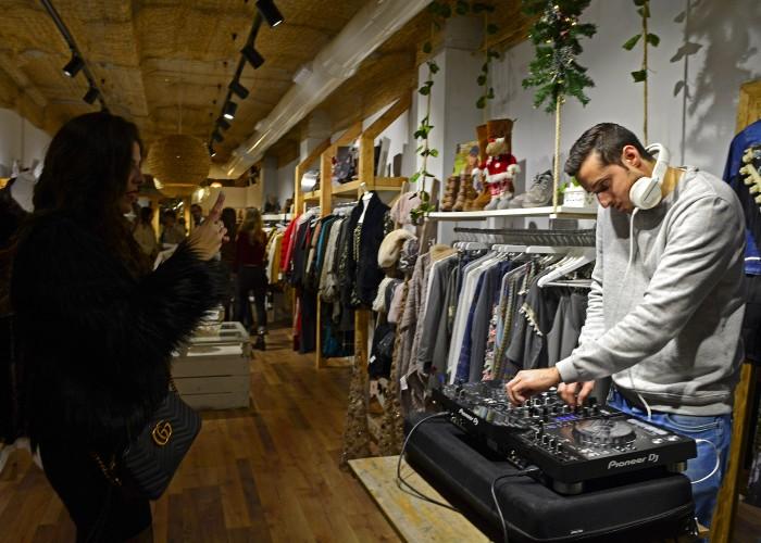 Shopening18_206