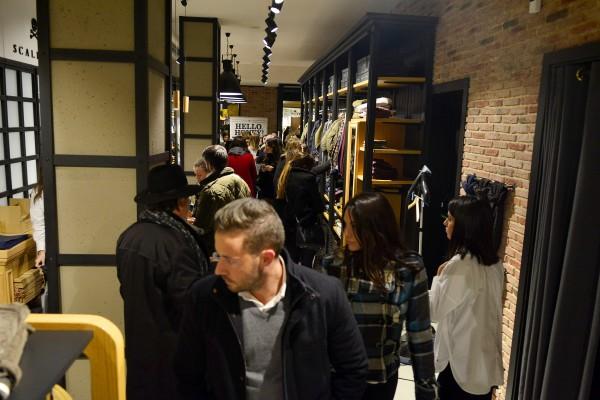 Shopening18_329