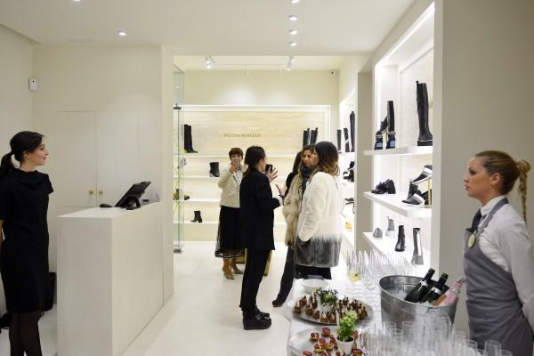 Shopening18_352