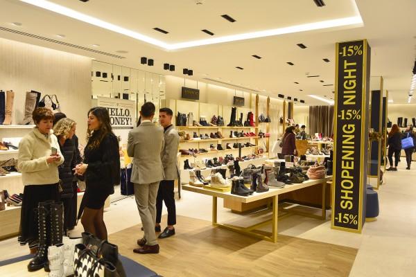Shopening18_402